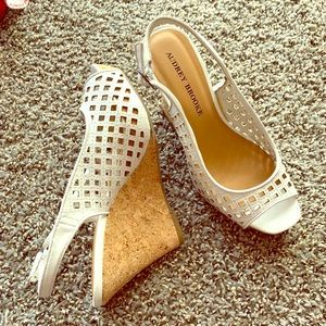 Audrey Brooke Netted Design Wedge Heels